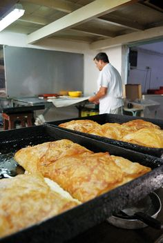 The famous Bougatsa pies of Iordanis in Chania, Crete - Μπουγάτσα… Heraklion, Crete Chania, Crete Greece, Corfu, Greek Sweets, Greek Desserts, Greek Recipes, Crete Holiday, Eat Greek