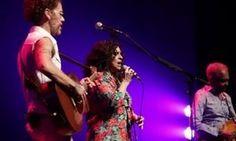 Nando Reis, Gal Costa e Gil homenageiam Luiz Melodia em show em SP