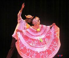 Baile tipico panam 225