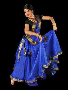 File:Kathak dance India November 2011.jpg