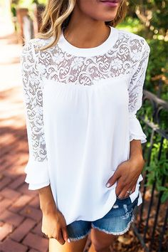 Casual Lace details Stitching Chiffon Top in White