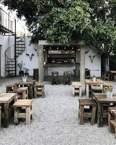 Cafe Restaurant, Outdoor Restaurant Design, Restaurant Interior Design, Cafe Bar, Bistro Interior, Restaurant Ideas, Cafe Shop Design, Coffee Shop Interior Design, Small Cafe Design