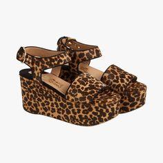 Sandales compensées motif léopard - Salvatore Ferragamo #LeBonMarche #Tendance #CrazyAnimals #Mode #Femme #Fashion #women #Animal