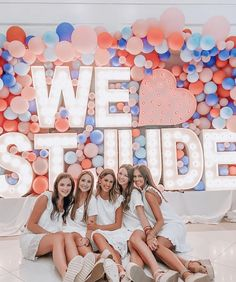 Tri Delta giant marquee balloon wall for sorority recruitment Sorority Recruitment Decorations, Sorority Recruitment Outfits, Sorority Bid Day, Sorority Canvas, Sorority Paddles, Sorority Crafts, Sorority Life, Tri Delta, Delta Gamma