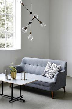 canapé+luminaire suspendu+table basse Pastelliving.com