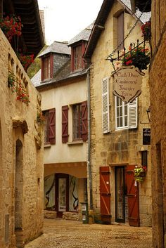 The fairytale-like Sarlat ~ France