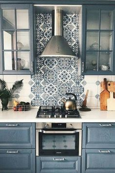 5 Easy ways to get a FRIENDS lookalike kitchen & living room (Daily Dream Decor)., 5 Easy ways to get a FRIENDS lookalike kitchen & living room (Daily Dream Decor). 5 Easy ways to get a FRIENDS lookalike kitchen & living room (Dail. Living Room Kitchen, Home Decor Kitchen, Kitchen Interior, New Kitchen, Modern Interior, Home Kitchens, Kitchen Paint, Kitchen White, Kitchen Small