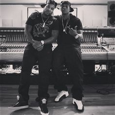 Looks like Young Jeezy and Lil Boosie are cooking up some new music together. Stay tuned for the outcome of this. Love And Hip, Hip Hop And R&b, Hip Hop Rap, Young Jeezy, Lil Boosie, Boosie Badazz, Jeannie Mai, Hip Hop Instrumental, Hip Hop Artists