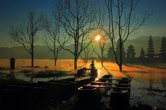 Sunrise at Tamblingan Lake, Bali by Fairawati Bagdja on 500px