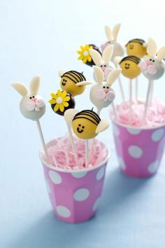 cake pops recipes, bees and rabbits from fondant – sportyfashion. Oreo Cake Pops, Cookie Pops, Cupcake Easter, Easter Cake Pops, Cake Pop Bouquet, Mini Cakes, Cupcake Cakes, Cakepops, Cold Cake