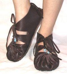 love weird shoes