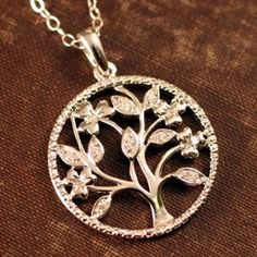 Irish Tree of Life is a natural beauty with a strong Irish spirit. This Irish Tree of Life is rooted in Irish soil and soars to the heavens with faith. Our exclusive Irish Tree of Life captures the very essence of Celtic belief and in the cycle of life. Pagan Jewelry, Irish Jewelry, Fantasy Jewelry, Tree Of Life Jewelry, Tree Of Life Necklace, Celtic Heart, Celtic Knot, Celtic Wedding, Irish Celtic
