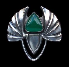 This is not contemporary - image from a gallery of vintage and/or antique objects. PATRIZ HUBER 1878-1902 Jugendstil Brooch Silver Chalcedony