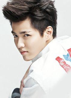 Wu Yi Fan for Beijing Youth Weekly Sweet.