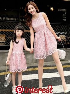 Mom & daughter in ''pink''. Mom Daughter Matching Dresses, Mommy And Me Dresses, Mommy And Me Outfits, Kids Outfits, Girls Dresses, Mother Daughter Pictures, Mother Daughter Fashion, Baby Dress, The Dress