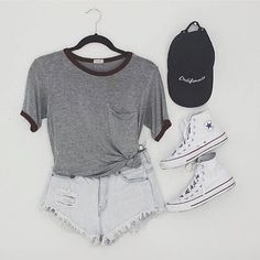 Loving this outfit  pc: @secretlifeofaggie