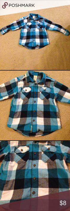 Super cute flannel size 6/7 Turquoise/black/white flannel in very good condition Shirts & Tops Button Down Shirts