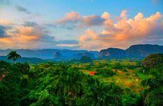 Visit #Viñales #VinalesValley #Vinales #Cuba  La tierra mas Linda de #Kuba #CubaTravel ✈️www.CasaVinales.jimdo.com #CasaParticular #Hostel #Bedandbreakfast
