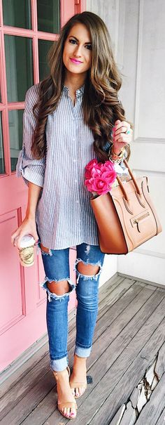 Striped Shirt & Brown Leather Tote Bag & Destroyed Skinny Jeans & Nude Sandals
