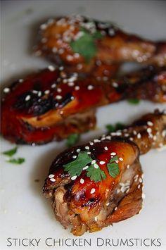 Slow Cooker Sticky Chicken Drumsticks