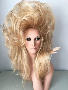 We offer quality women' wigs, Lace Front Wigs, Drag Queen Wigs, Human Hair Wigs Pale Blonde, Blonde Curls, Golden Blonde, Wig Styles, Long Hair Styles, Foam Wigs, Dilly Dilly, Beetlejuice, Hairspray