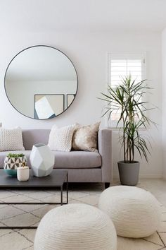 10 Minimalist Living Rooms to Make You Swoon #DecorInspiration