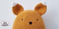 Knuffelkussen gehaakt door heleen Scharstuhl met Durable Cosy fine. Crochet Dolls, Crochet Hats, Cosy, Baby Kids, Beanie, Crochet Tutorials, Products, Amigurumi, Knitting Hats