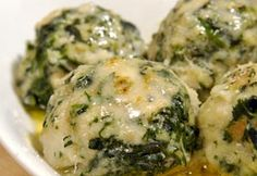 Spinach dumplings - Strangolapreti