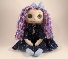 Handmade Dolls Patterns, Gothic Dolls, Gothic Art, Rag Dolls, Make And Sell, Bears, Little Girls, Animal, Sewing