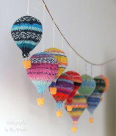 Hot air balloons knitting pattern PDF mobile hangers diy