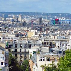 Paris seen from the Park of Belleville www.frenchmoments.eu/paris-ile-de-france/ #Belleville #Paris