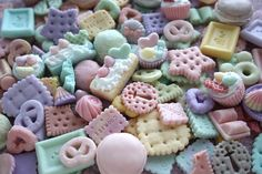 Hey, I found this really awesome Etsy listing at http://www.etsy.com/listing/127843365/pastel-colors-decoden-miniature-food