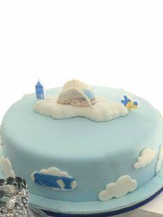 sky-blue-baby-shower-cake