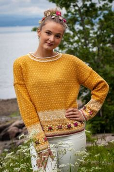 Sol i Setesdal Knitting Patterns Free, Free Pattern, Norwegian Knitting, Turtle Neck, Stitch, Crochet, Sweaters, Jumpers, Color