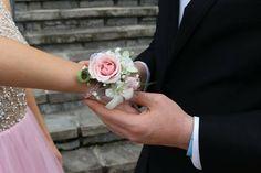 Pretty in wrist corsage Prom Flowers, Wrist Corsage, Crown, Pretty, Pink, Jewelry, Fashion, Moda, Corona