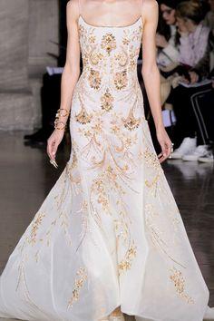 What a Lysene nobel woman would wear, Georges Hobeika