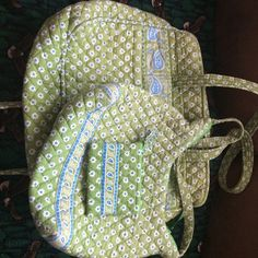 Vera Bradley Bundle Green Apple Diaper Bag, Purse and Zip Pouch I used the diaper bag for an overnight bag.  Great Classic style in wonderful condition.  Please ask any questions.  Nice Set  Vera Bradley Bags Shoulder Bags