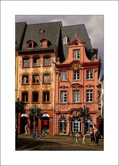 Historische Hausfassaden in Mainz, Germany #mainz #mainzamrhein
