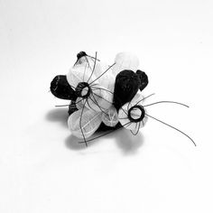 Jewelry Show, Contemporary Jewellery, Wire, Nyc, Stud Earrings, Design, Fashion, Jewels, Moda