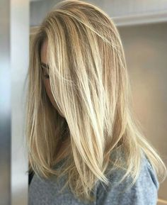 67 New ideas for hair color balayage short brunettes mid length Dyed Hair Ombre, Ombre Hair Color, Hair Color Balayage, Blonde Balayage, Hair Highlights, Hair Colour, Hair Color 2018, Light Blonde Hair, Hair Color For Women