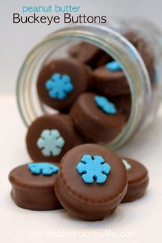 Peanut Butter Buckeye Buttons - the perfect blend of sweet and salty dipped in chocolate  www.insidebrucrewlife.com