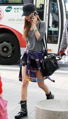Yuri ; cool airport fashion