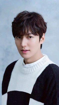 I am dying 💕💕💕 Jung So Min, Boys Over Flowers, New Actors, Actors & Actresses, Asian Actors, Korean Actors, Lee Min Ho Wallpaper Iphone, Le Min Hoo, Legend Of Blue Sea