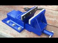 Diy Welding, Welding Tools, Diy Furniture Easy, Metal Furniture, Metal Projects, Welding Projects, Cool Tools, Diy Tools, Fabrication Tools
