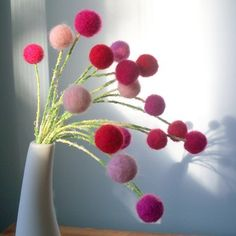 Items similar to Pink faux amaranth craspedia felted flowers. Pink and red felt pom pom flowers. on Etsy Pom Pom Flowers, Felt Flowers, Diy Flowers, Fabric Flowers, Paper Flowers, Wet Felting, Needle Felting, Baby Dekor, Diy Fleur