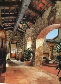 masterful masonry to this Tuscan masterful inspiration