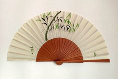 Abanicos pintados a mano, realizados al estilo Sumi e.