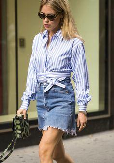 Chemise chic + jupe en jean effilochée = le bon mix (photo Annabel Rosendahl)