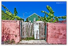 Colours of Bermuda by Max Kehrli, via Flickr