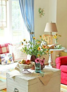 cute cottage living room